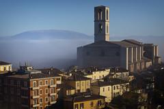 Morning view (Cristiano Pelagracci) Tags: perugia sandomenico city umbria church fog nebbia