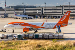 CDG - Airbus A320-214WL (OE-IJB) EasyJet Europe (Aéro'Passion) Tags: msn6572 250th livery aéropassion airport aircraft airlines aéroport airbus aviation avions sol parking passerelle canon natw photography photos passage parisroissycharlesdegaulle paris 60d ezy ez easyjet easyjeteurope oeijb a320 a320214 a320214wl sharklets cdg lfpg switzerland