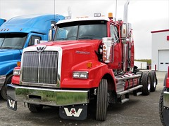 2019 Western Star 4900SB Conventional-Sleeper Truck (Gerald (Wayne) Prout) Tags: 2019westernstar4900sbconventionalsleepertruck 2019 westernstar 4900sb conventionalsleeper truck expertgarage riversidedrive mountjoytownship cityoftimmins northeasternontario northernontario ontario canada prout geraldwayneprout canon canonpowershotsx60hs powershot sx60 hs digital camera photographed photography trucking vehicle vehicles equipment machine machinery transport transportation haulage trailer cartage tractorr expert garage riverside drive mountjoy township city timmins northeastern northern