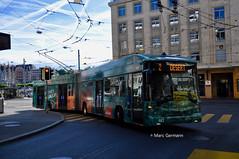 Trolleybus Hess BGT-N2D n°889 en service sur la ligne 2. © Marc Germann (Marc Germann) Tags: trolleybus naw bt25 remorques convois transportspublics transn hess articulé easyjet lausanne hockey club lhc fbw nuit musée transport mercedescitarobenz nawhesssiemens articulation autobus perches par brise routes bus tl transports publics lausannois neuchatelois man arbres retrobus