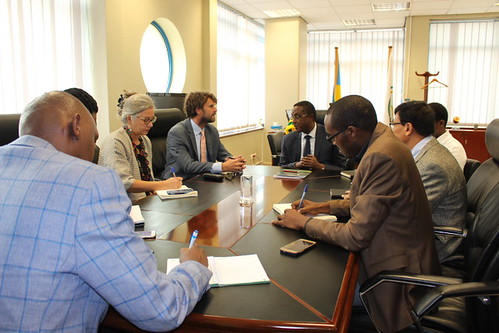 The Government of Rwanda, University of Rwanda, The Greenhouse Gas Management Institute and The Carbon Institute Sign a  Memorandum of Understanding to Launch International Partnership for Carbon Accounting in Rwanda
