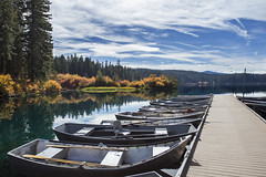 Boat dock Clear Lake, Oregon (Bonnie Moreland (free images)) Tags: clearlake oregon saariysqualitypictures fall autumn color change still reflections foliage