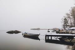 Foggy morning (Arttu Uusitalo) Tags: misty mist fog foggy late autumn fall morning pier boat seaside seashore seascape selkämeri bothnian sea gulf bothnia ostrobothnia kaskinen kaskö finland canon eos 5d mkiv 24105l