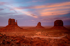 ArizonaUtah2018-104 (Ranbo (Randy Baumhover)) Tags: monumentvalley navajo sunset