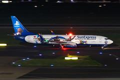 TC-SNN SunExpress Boeing 737-8HC (buchroeder.paul) Tags: dus eddl dusseldorf international airport germany europe ground night tcsnn sunexpress boeing 7378hc