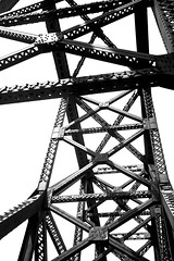Piece of the Big Four Bridge (adamopal) Tags: canon canon5d canon5dmkiii canon5dmarkiii bigfourbridge bigfour bridge bridgework metalwork bridgewalk longwalk quitethetrek walkabout outside visitlouisville visitkentucky visitky monochrome blackandwhite blackwhite black white