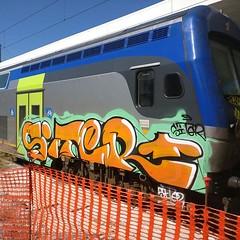 #stolenstuff #graffitiblog #check4stolen #flickr4stolen #siter #vivalto #graffiti #graffititrain #benching #instagraff #trainbombing (stolenstuff) Tags: instagram stolenstuff graffiti graffititrain benching
