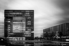 thyssenkrupp quartier (fhenkemeyer) Tags: clouds langzeitbelichtung reflections ruhrgebiet nrw architecture essen thyssenkruppquartier
