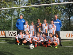 "HBC Voetbal | JO12-1 • <a style=""font-size:0.8em;"" href=""http://www.flickr.com/photos/151401055@N04/45002964324/"" target=""_blank"">View on Flickr</a>"