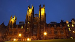 Church of Scotland Assembly Building, autumn evening 01 (byronv2) Tags: edinburgh edinburghbynight edimbourg scotland night nacht nuit autumn dusk twilight architecture building history colours gothic neogothic churchofscotland churchofscotlandassemblybuilding assemblybuilding church mound oldtown skyline bluehour blue