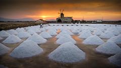 saltworker - Trapani - Italy (I. Bellomo) Tags: salt salina trapani fujifilm photo foto red sicilia sicily italy italia