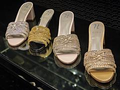Dubai Mall - Dubai (Joao Eduardo Figueiredo) Tags: dubai mall downtown burj khalifa burjkhalifa united arab emirates unitedarabemirates uae nikon nikond850 joaofigueiredo joaoeduardofigueiredo d850 shopping luxury fashion