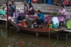 Restaurant - Damnoen Saduak Floating Market (M-Gianca) Tags: thailand tailandia sony a6500 zeiss floatingmarket bangkok damnoensaduak acqua water restaurant