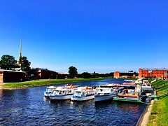 Pier at the Peter and Paul Fortress | St. Petersburg (maryduniants) Tags: vividcolors bluesky berth summer boats colors fortress river russia neva stpetersburg peterandpaulfortress pier pieratthepeterandpaulfortress