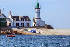 Lighthouse Men Brial  -  Island of Sein  -  Brittany (bruno.suignard) Tags: phare lighthouse menbrial island ile iledesein finistère bretagne brittany france pointeduraz brunosuignard