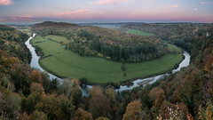 Moonrise at Symonds Yat (Wizmatt) Tags: symonds yat rock river wye valley landscape pano panoramic gloustershire rossonwye view moonrise sunset colours vista autumn