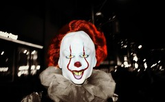 Halloween 2018 .... It .... Is 'Pennywise' The Demon Clown (Greg's Southern Ontario (catching Up Slowly)) Tags: halloween halloweencostume halloweentoronto demonclown pennywise itpennywise scary creepy nightphotography it
