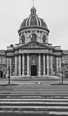 "Institut de France • <a style=""font-size:0.8em;"" href=""http://www.flickr.com/photos/45090765@N05/45668542001/"" target=""_blank"">View on Flickr</a>"