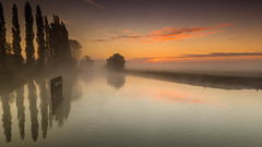 Fintele-1 (hugo.ketelsbl) Tags: sunrise loreninge foggy morning zonsopkomst