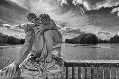 DSC_0684NBD (funkydroopy) Tags: statue rambouillet eau étang monochrome
