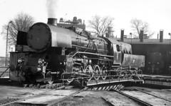 Ty3 2 Wolsztyn (peter.velthoen) Tags: neg25628 train locomotive steam dampflok railroad draaischijf turntable pkp ty32 wolsztyn polen poland polski lokomotywa lokomotywaparowa lokomotivloder lokomotiv remise lokschuppen drehscheibe