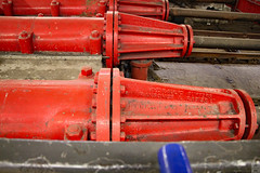 Hydraulic buffers (Can Pac Swire) Tags: paddington railway rail train station london central english england britain great british uk unitedkingdom 2016aimg2488