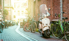 Street 4 (Alan Piano Photography) Tags: street sun story straat foto fotograaf fine fiets light lightroom life lens land sony a7r a7r3 a7riii 85mm fe zwolle nederland nl test testing old holland alanpiano7 photo photography