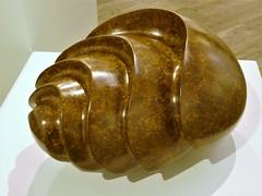 Pangolin Gallery, Steve Dilworth, Sea Form, 2016 (jacquemart) Tags: pangolingallery statue maquette bronze sculpture chalford stroud stevedilworth seaform 2016