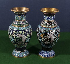"""A pair of cloisonné vases (newpeter) Tags: antique collectables vase silver gold ceramics enamel cinnabar clock clocks watch watches jade ivory glass worcester terracotta bronze buddha """"parian ware"""" """"arts crafts"""" paintings oriental japanese chinese lladro porcelain"""