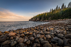 boulder beach (Christian Collins) Tags: canoneos5dmarkiv rokinon 14mm boulderbeach arcadianationalpark sunset tarde atardecer beach boulders ottercliffs evening wideangle fall classic
