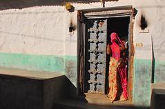 India- Rajasthan- Bhadrajoon (venturidonatella) Tags: india asia rajasthan street strada colori colors nikon nikond300 d300 portrait ritratto gentes persone people streetlife streetscene emozioni emotion ombra shadow luce light bhadrajoon porta door