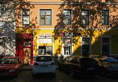 Im Stuwerviertel (Wolfgang Bazer) Tags: stuwerviertel leopoldstadt wien vienna red light district rotlichtszene rotlichtmilieu gentrification gentrifzizierung gentrifikation bobos österreich austria