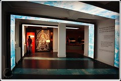 Angular Spiral (zweiblumen) Tags: birminghammuseumandartgallery museum artgallery birmingham westmidlands england uk canoneos50d polariser zweiblumen