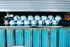 polar bear teapots... (tapsiman) Tags: dailylife urbanliving photograph street colorofthestreets