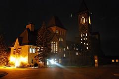 l'Abbaye de Saint-Benoît-du-Lac (Pwern2) Tags: saintbenedictabbey abbey christianmonastery architecture church saintbenoîtdulac eastern townships memphrémagogregionalcountymunicipality memphrémagog multicolouredbricks longexposure light shadows darkness abbayesaintbenoîtdulac québec