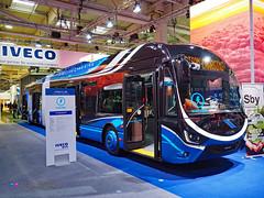 Iveco Crealis 18 trolley (Pi Eye) Tags: bus autobus articulé gelenk trolley iveco crealis skoda