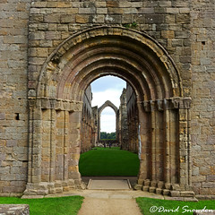 The Great West Door (Dave Snowdon (Wipeout Dave)) Tags: canoneos80d davidsnowdonphotography northyorkshire nationaltrust architecture arch fountainsabbey door building unescoworldheritagesite unesco history heritage