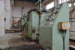 Bromine Works (adventures_of_adele) Tags: ruin urbex urbanexploring adventuresofadele urbandecay uk adele wales abandoned building adventure abandonedbuilding urbanexploration derelict exploring old abandonedplaces delapidated 2018 outdoors outside urban photography ameturephotography urbexuk abandonedplacesuk abandonedbuildingsuk forgotten construction architecture disused machinery history dilapidated decayed disrepair ruins deserted northwales mask chemicals toxic almwch decay bromine octelbromine octel biohazard suit hazardous plant seawater sea workshops toolbox welding anglesey industrial fans 4starpetrol acid 4star petrol