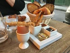 Rob bonnie, st regis, breakfast (Paris Breakfast) Tags: robbonnie stregis breakfast cafe