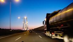 Autostrada A8, przed Mostem Rędzińskim (Olgierd Pstrykotwórca) Tags: ruchdrogowy samochód car highway road transport