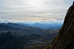 DSC_0909 (pablofotografo21) Tags: navarra naturaleza nikondx nikond5200 nikon atardecer paisajesespaña pirineonavarro paisajes pirineos españa montaña 18mm 1855mm