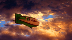 Airship at sunset (Jacques Rollet (21M + views)) Tags: ciel sky cloud nuage ballon dirigeable sunset airship groupenuagesetciel