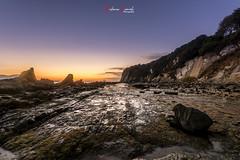 Amanecer, bahia de Algeciras (Antonio Camelo) Tags: nikon nature naturaleza night noche algeciras amanecer sky sea sunrise sun roca rock