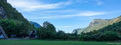 Falaise aux vautours panoramique (Ezzo33) Tags: france nouvelleaquitaine pyrénéesatlantiques laruns vallée ossau ezzo33 nammour ezzat sony rx10m3 falaiseauxvautours béon
