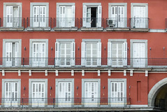 Plaza Mayor de Madrid (Juan Miguel) Tags: comunidaddemadrid españa europa europe juanmiguel madrid panasonicfz200 spagne spain spanien windows architecture arquitectura balcones city ciudad urban urbana