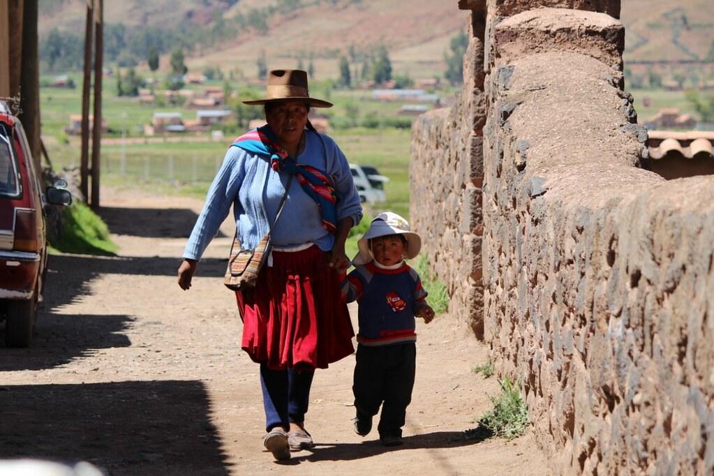 Cuzco cougar women