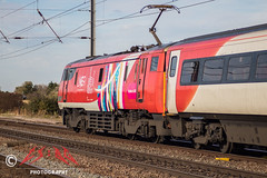GetNorth2018 getting south (CS:BG Photography) Tags: lner londonnortheasternrailway ecml eastcoastmainline abbotsripton footcrossing intercity225 class91 electra 91106 getnorth2018 greatexhibitionofthenorth