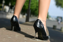 Nathalie 79 (The Booted Cat) Tags: legs heels highheels feet pumps