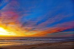 The burning sea (Ciceruacchio) Tags: sunset tramonto coucherdesoleil fire feu flamme fuoco sea mer mare ocean oceano acqua atlanticcoast costaatlantica côteatlantique medoc france francia frankreich nikond750 groupenuagesetciel