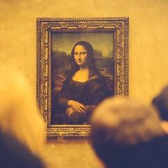 Znate li znali da Da Vincijeva Mona Lisa nema obrve i trepavice? Neki kažu da su trepavice i obrve nestale kroz godine restauracije slike, dok drugi tvrde da ih Leonardo nikada nije ni naslikao zbog svoje zaluđenosti perfekcionizmom što dovodi do toga da (Escape Rooms Zagreb) Tags: zagreb escape room cluego